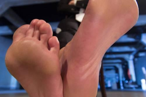 Nylon Feet Line Sex Picture 1