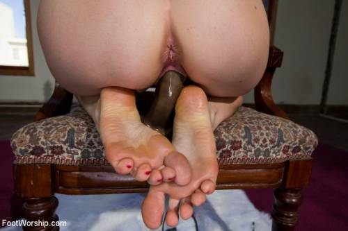 Footsie Babes Fuck Picture 2