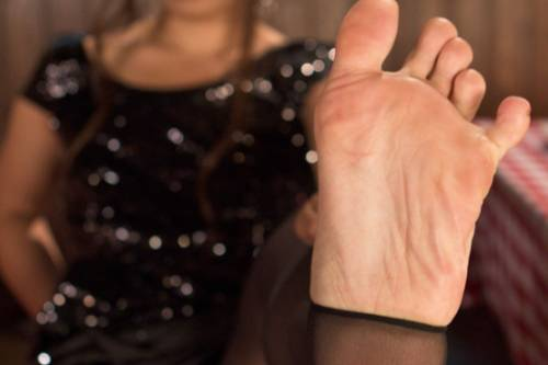 Sexy Foot Banging Picture 4
