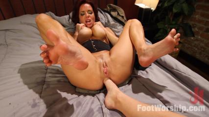 Feet Worship Banging -  Mommy Dearest