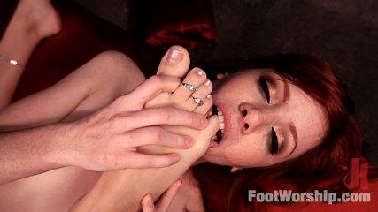 Feet Worship Sex -  An Uninhibited Lesbian Foot Fetish Fantasy