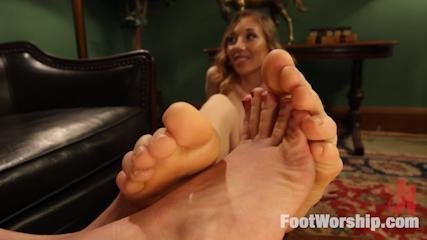 Footjobs Banging -  Foot Obsessed Stepmom MILF Gets Fucked By Step Daughter!