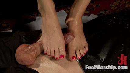 Footjobs Banging -  Calendar Girl: Trampling & Squirting